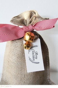 Burlap and jingle bells - it just says Christmas doesn't it?!