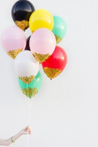 Confetti balloons - how fantastic are these?!  Makes me wanna throw a party...