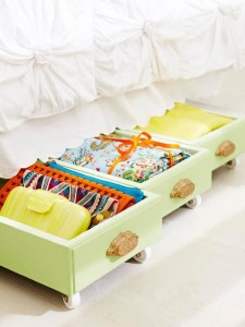 Drawers as underbed storage?  Yes, please!