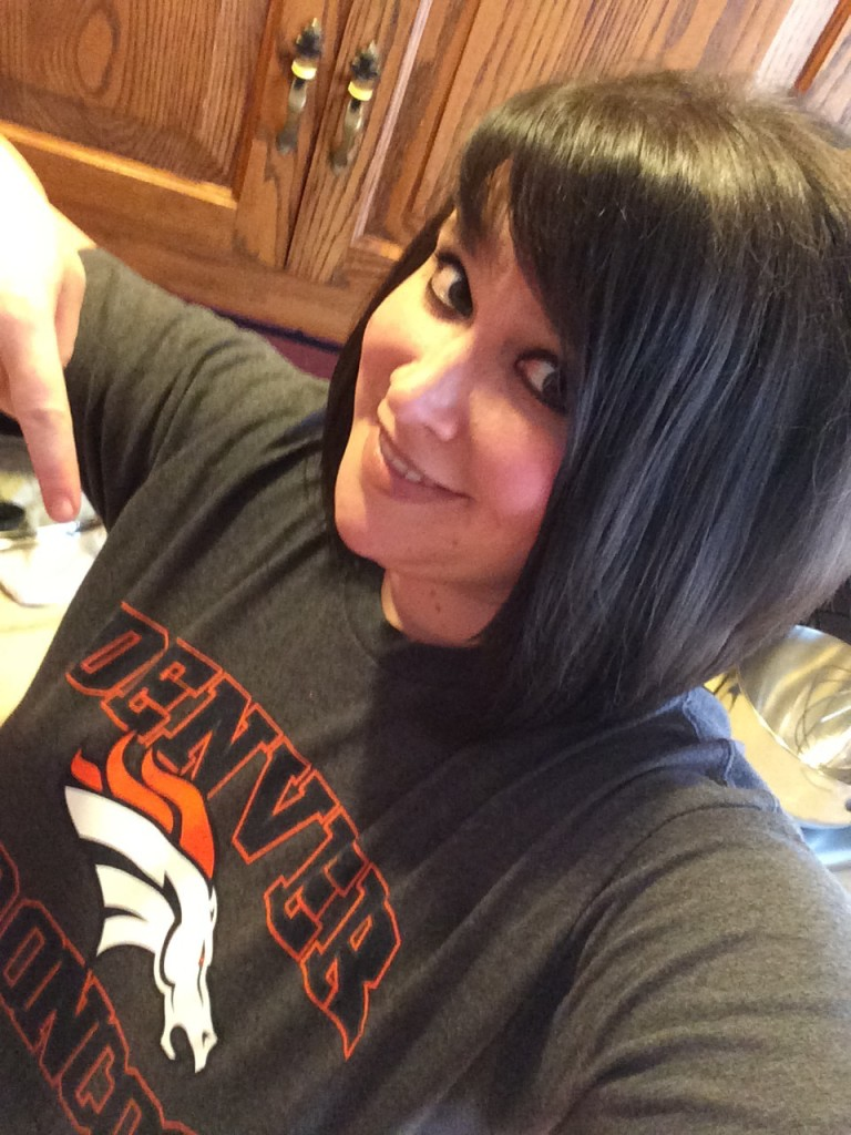 I rooted for the Chiefs last weekend...in my Bronco's gear, of course!
